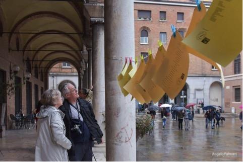 invasioni-poetiche-piazza-san-francesco