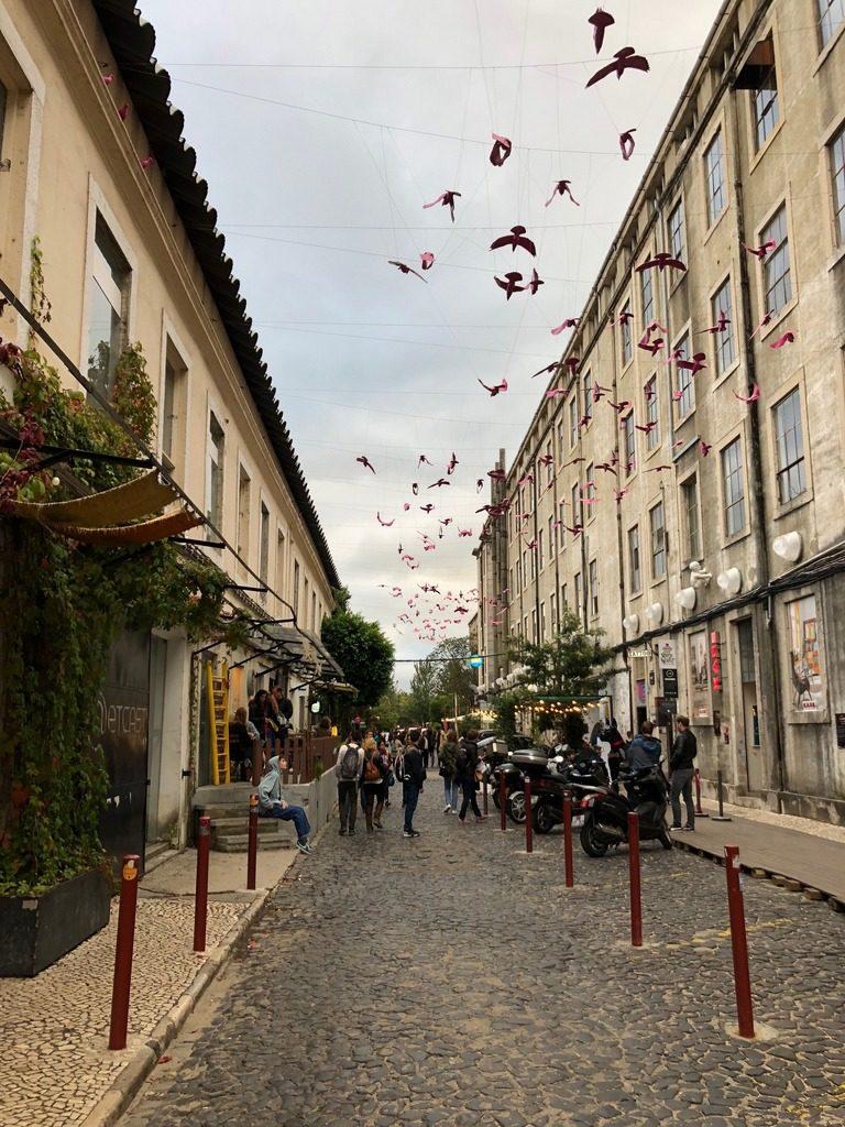 lisbona-lx-factory-street