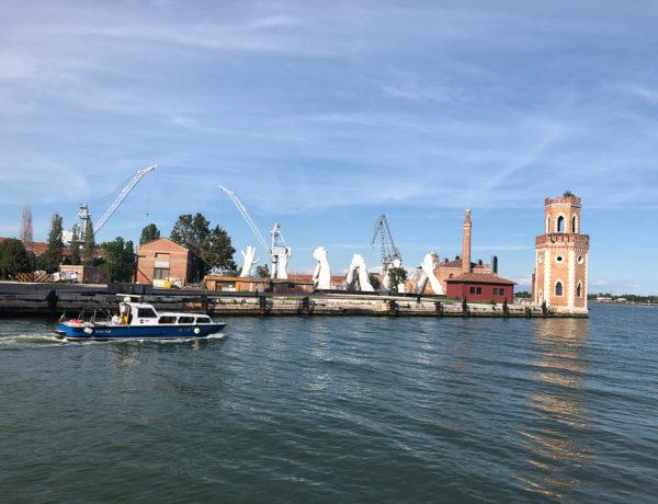 biennale-canale-venezia